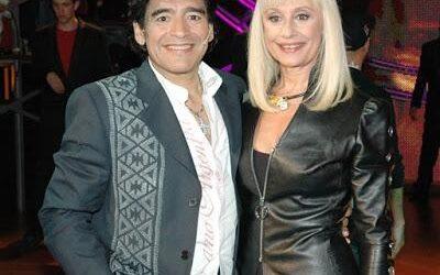Raffaella Carrà: Per colpa mia Maradona passò una notte in prigione. Poi mi regalò la maglia