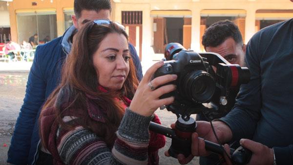 """Ho incontrato l'attivista irachena Suha Oda. """"Sono come te, una donna come te"""""""